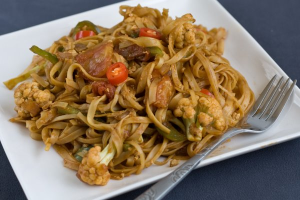 stir fried noodles 2
