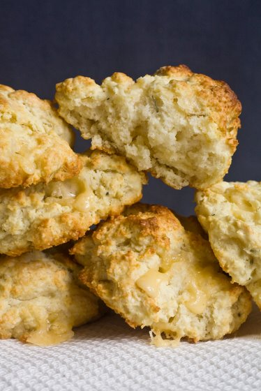 Biscuits Rosemary and Gouda Buttermilk Biscuits